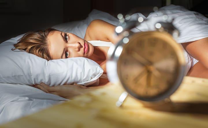 Andare a letto rilassati con dei semplici esercizi contro lo stress