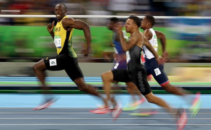 La simmetria del movimento durante la corsa è importante per la velocità?