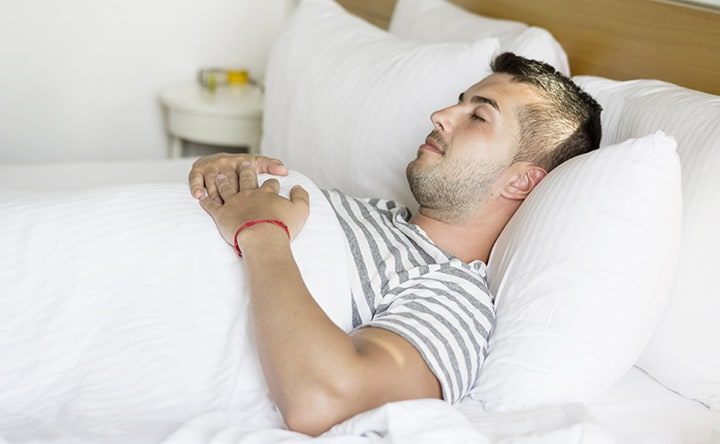 Disturbi del sonno: una coperta ponderata per aiutare a dormire