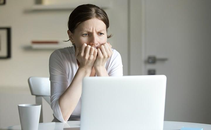 L'ansia provoca problemi anche ai denti