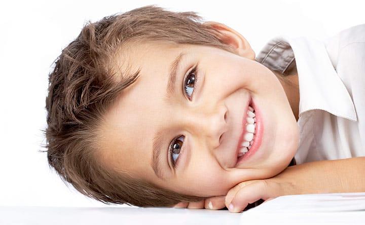 Fin da piccoli la salute passa anche dalla bocca. Ecco perché.