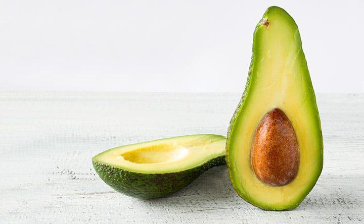 Avocado: frutto amico dei denti e non solo