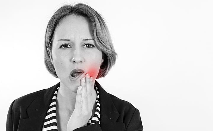 Mal di denti da bruxismo: ecco cosa fare