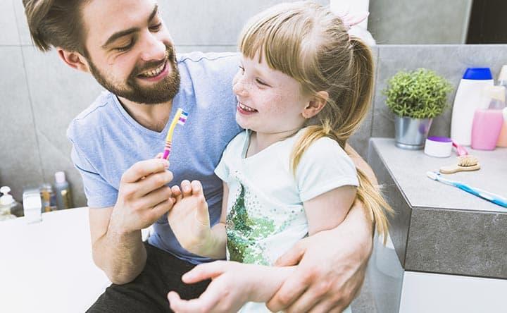 Carie e bambini, quali fattori possono influenzare la loro comparsa