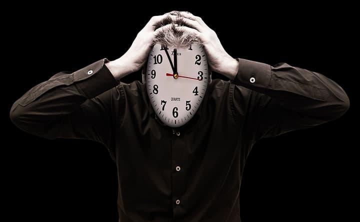 Stressato al lavoro e problemi a dormire? Il problema è più serio di quanto pensi