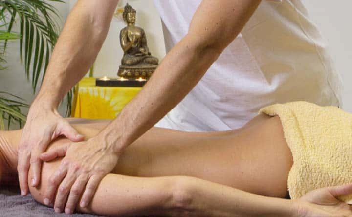 Come ridurre e prevenire il dolore al collo e alle spalle