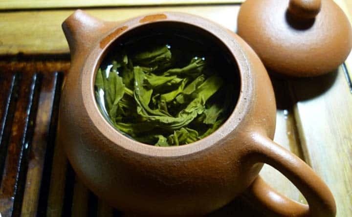 Denti sensibili? un aiuto arriva dall'estratto di tè verde